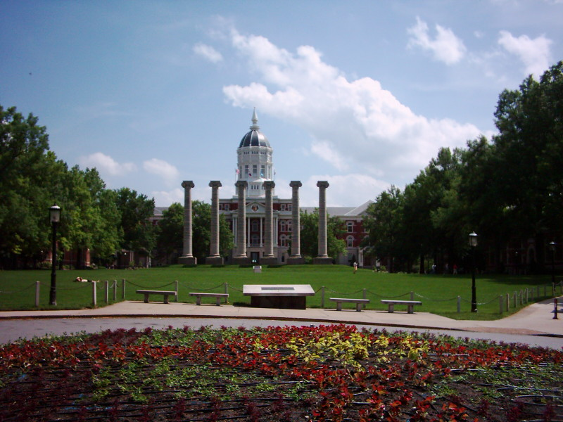 Somewhere/Anywhere: Reflections of a Brit at the University of Missouri